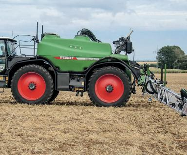 Fendt Rogator 300 and 600 sprayers