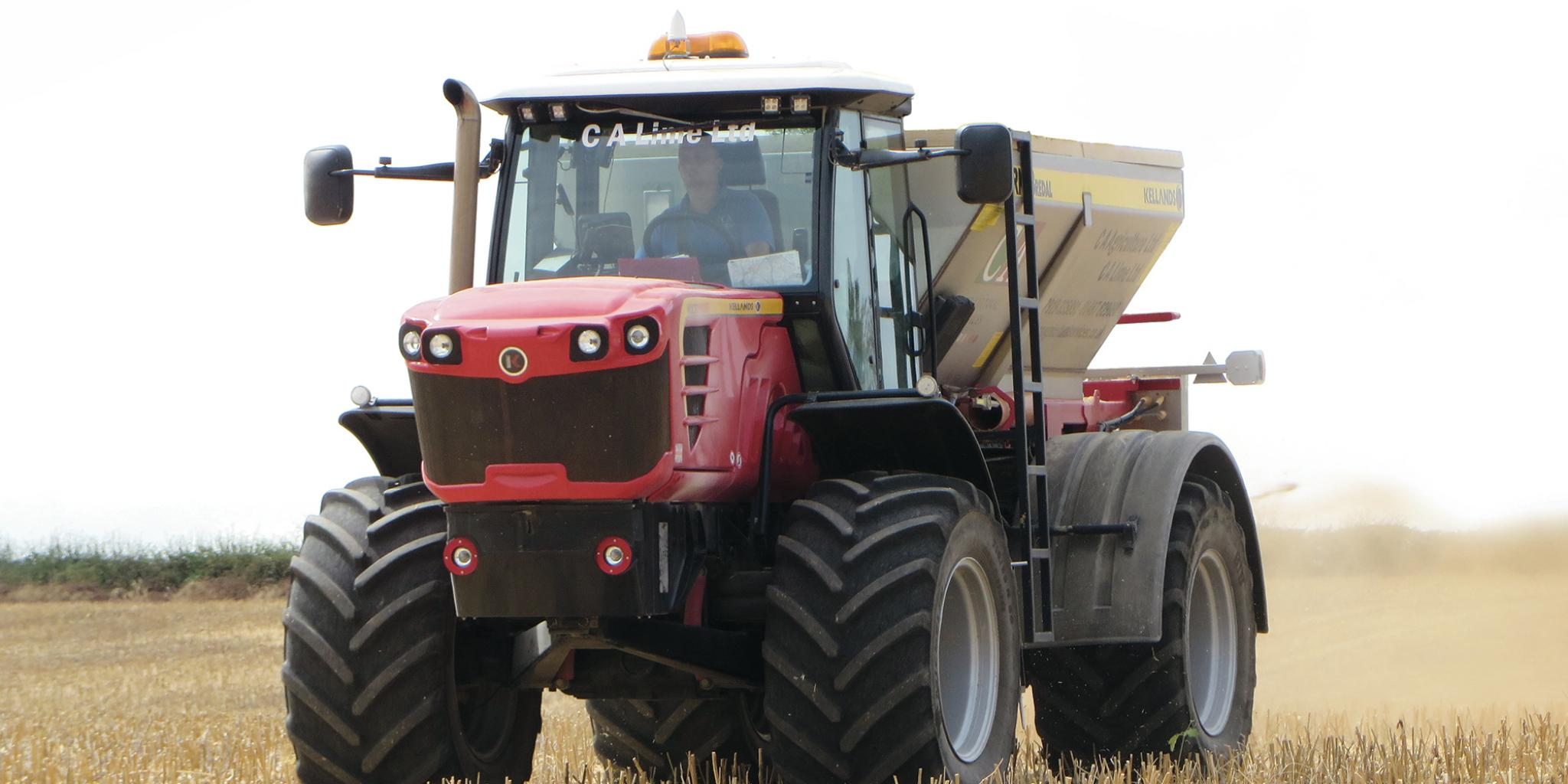 Multidrive self-propelled applicator